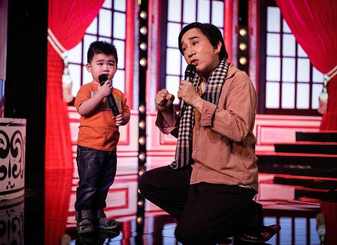 Con trai 2 tuoi song ca cung NSUT Kim Tu Long hinh anh 7