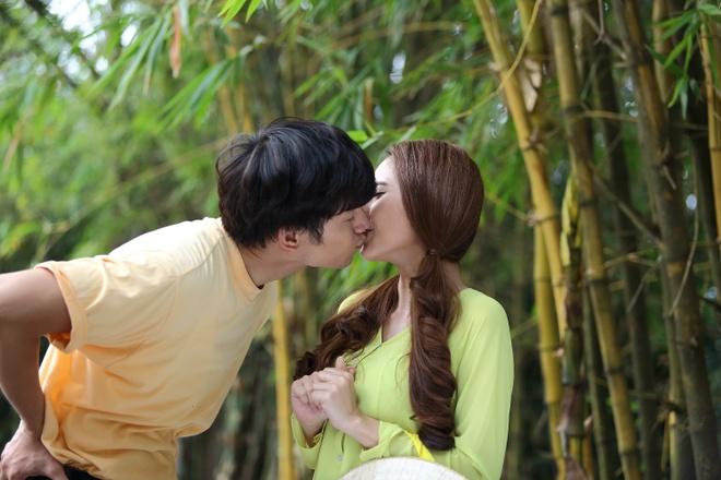 Nhan Phuc Vinh khoa moi Tuong Vi trong phim ca nhac hinh anh 1