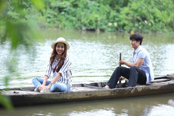 Nhan Phuc Vinh khoa moi Tuong Vi trong phim ca nhac hinh anh 2