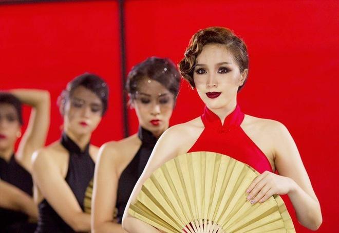 MV cua Ho Ngoc Ha day Bao Thy rot khoi vi tri quan quan hinh anh 2