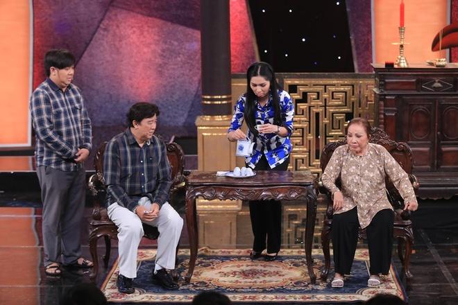 Hoai Linh - Thuy Nga lam khan gia vua khoc vua cuoi hinh anh 5