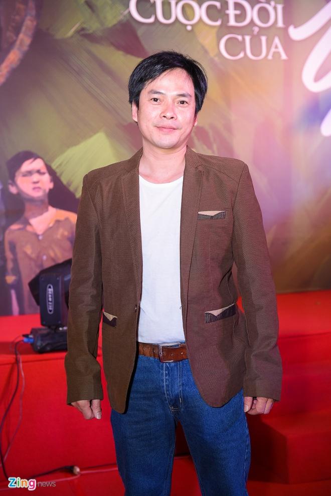 Hong Anh mac gian di di xem phim hinh anh 7