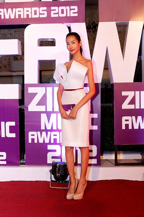 10 bo canh noi bat tren tham do Zing Music Awards qua 5 mua hinh anh 2