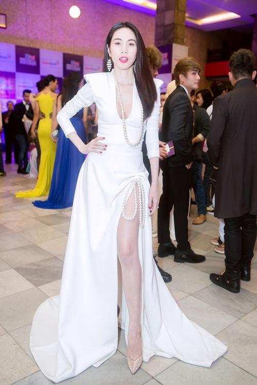 10 bo canh noi bat tren tham do Zing Music Awards qua 5 mua hinh anh 6