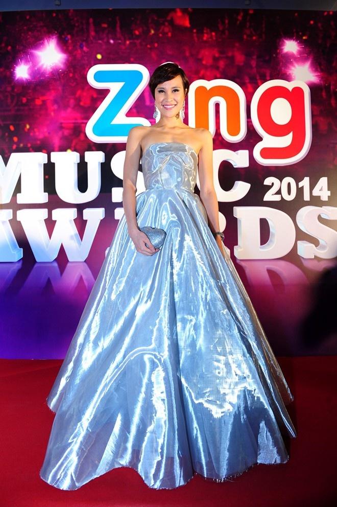 10 bo canh noi bat tren tham do Zing Music Awards qua 5 mua hinh anh 7