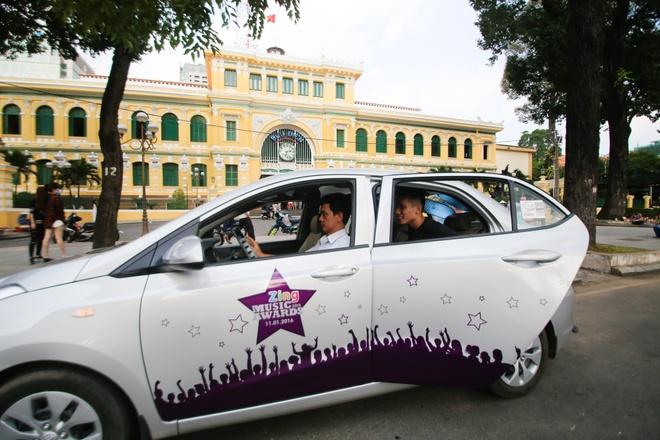 Tran Thanh di xe sang tap Zing Music Awards hinh anh 13