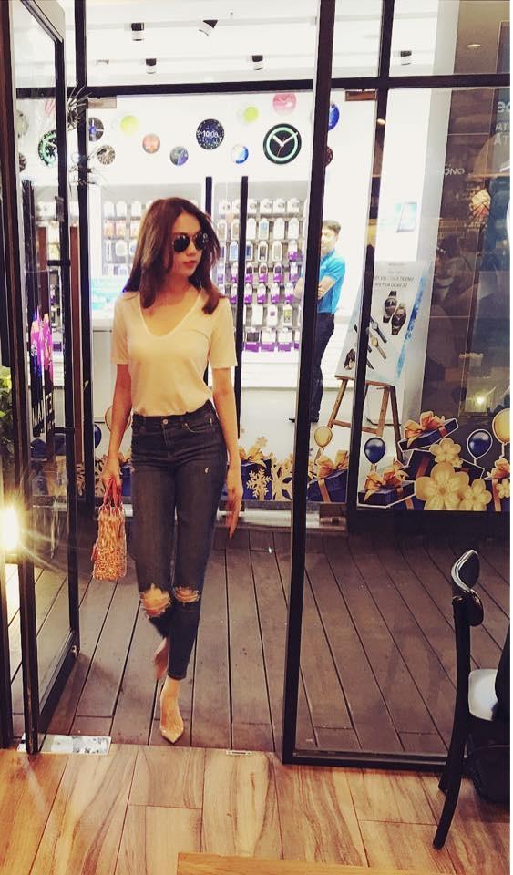 Street style an tuong cua sao Viet tuan qua hinh anh 8