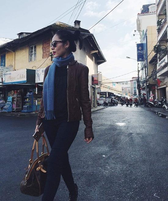 Street style an tuong cua sao Viet tuan qua hinh anh 6