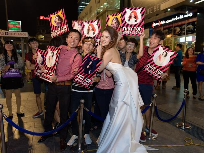 Hoai Linh du ra mat phim Tet cua Khuong Ngoc hinh anh 6