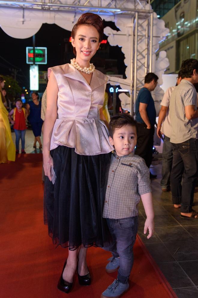 Hoai Linh du ra mat phim Tet cua Khuong Ngoc hinh anh 8