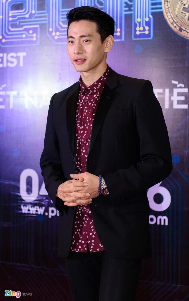 Johnny Tri Nguyen den du ra mat phim cua ban gai hinh anh 11