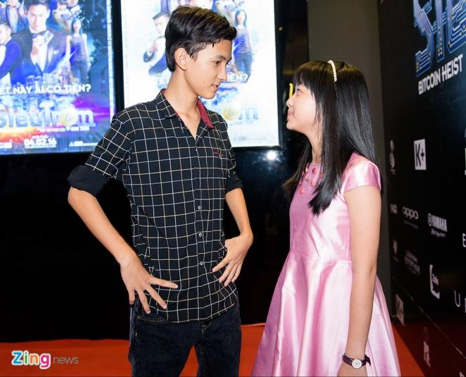 Johnny Tri Nguyen den du ra mat phim cua ban gai hinh anh 8