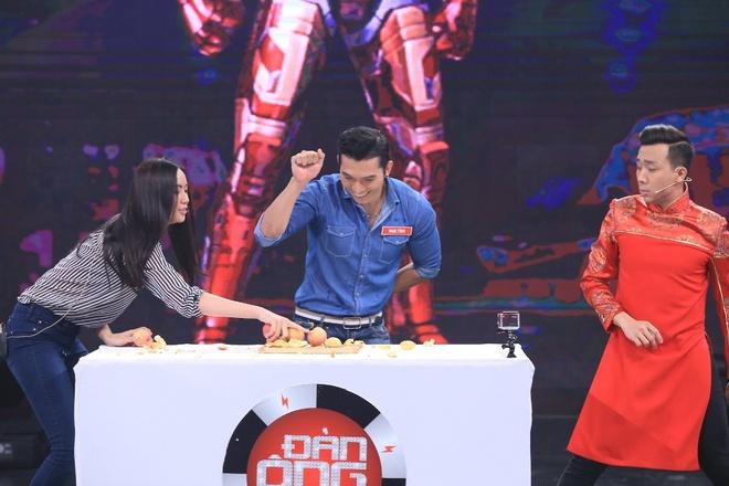 Tran Thanh che nguoi mau Le Trung Cuong luoi bieng hinh anh 2