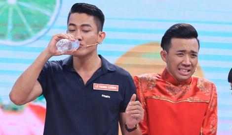 Tran Thanh che nguoi mau Le Trung Cuong luoi bieng hinh anh