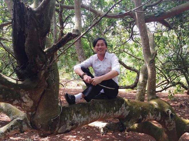 Hoai Linh xuat hanh, Tran Thanh tat bat mung 1 Tet hinh anh 1