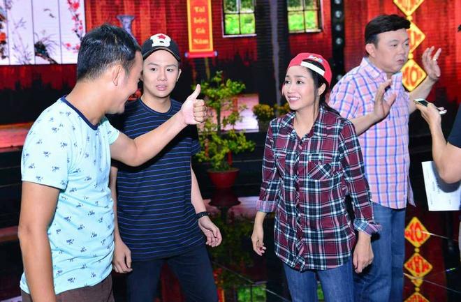 Oc Thanh Van an trom nha Chi Tai trong tieu pham hai hinh anh 5