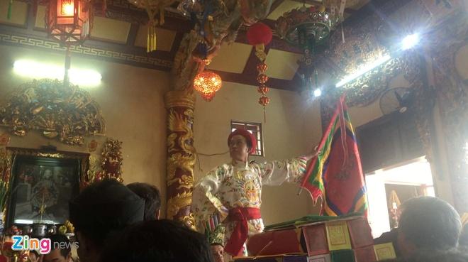 Hoai Linh xuat hien sau tin don den tho To bi do hinh anh 5