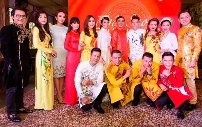 Phi Nhung ru nghe si Thai Chau lap nhom thi hat hinh anh 13