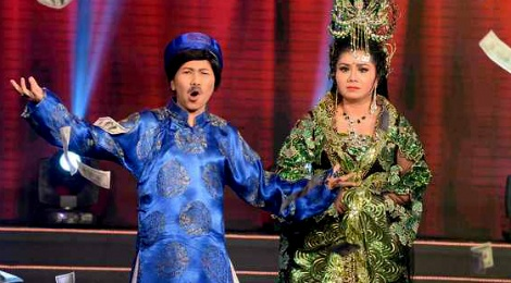 Thuy Muoi say ruou, sam so Tu Suong trong tieu pham hai hinh anh
