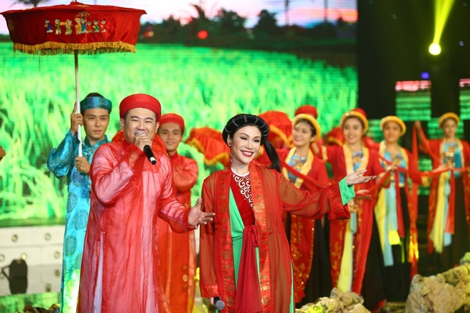 Hoai Linh khong muon the he sau ru con bang 'Vo nguoi ta' hinh anh 11