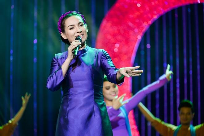 Phi Nhung hat khong lay cat-xe, ung ho them 10 trieu dong hinh anh 2