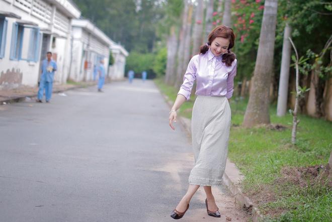 Dinh Ngoc Diep bi Charlie Nguyen hanh ha tren phim truong hinh anh 7