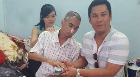 Chong Le Quyen trao 100 trieu dong cho Nguyen Hoang hinh anh