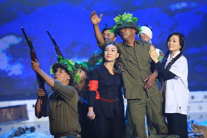 Hoai Linh khong hai long doi cua Van Quang Long, Uyen Trang hinh anh 14