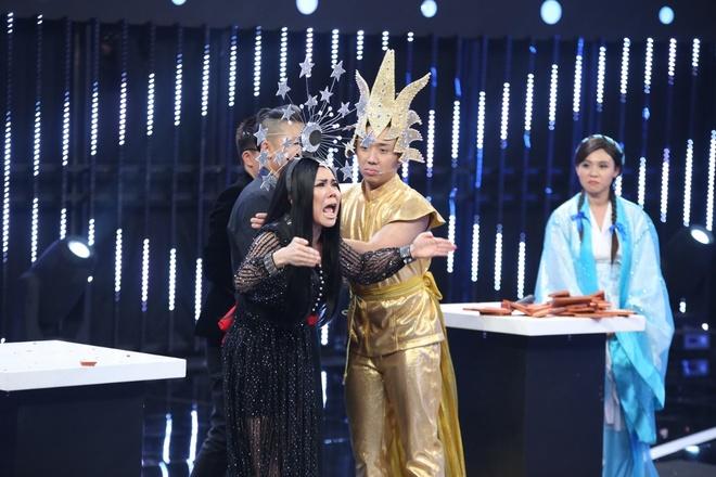 Viet Huong, Tran Thanh tang tien cho nguoi choi Song dau hinh anh 4