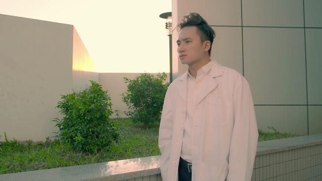 MV cua Ong Cao Thang, Dong Nhi bat ngo bi 'linh moi' de doa hinh anh 1