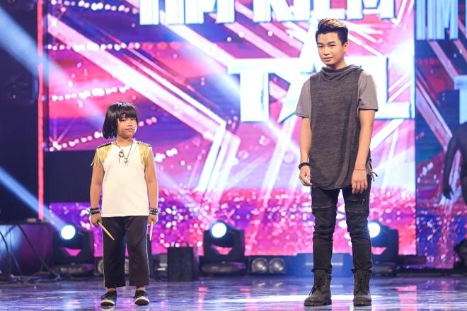 Cau be danh trong 9 tuoi tien thang vao chung ket Got Talent hinh anh 3