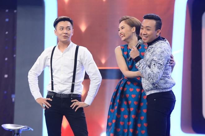 Hong Dao cuong hon Van Son trong Nguoi bi an hinh anh 3