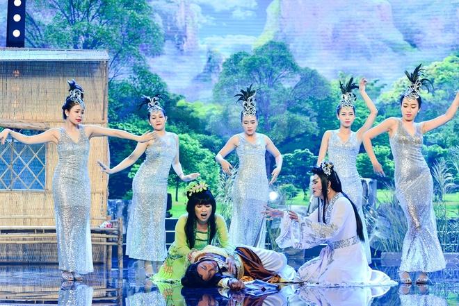 Thuy Nga cam dao ruot duoi Chi Tai trong tieu pham hai hinh anh 8