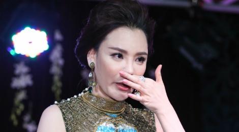 Ho Quynh Huong lo so bi loi thoi sau 5 nam vang bong hinh anh