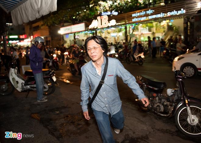 Con trai nhac si Nguyen Anh 9 tu My ve chiu tang cha hinh anh 1