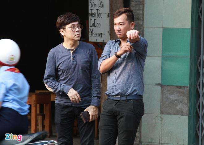 Con trai nhac si Nguyen Anh 9 tu My ve chiu tang cha hinh anh 3
