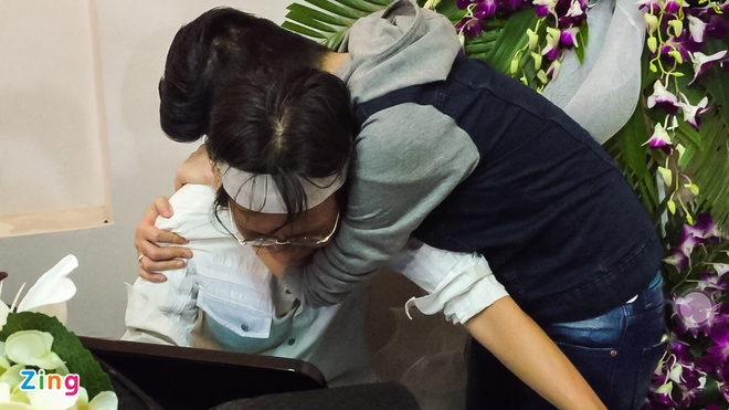 Quang Ha khoc khi hat nhac Nguyen Anh 9 anh 5