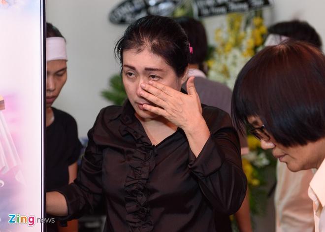Quang Ha khoc khi hat nhac Nguyen Anh 9 anh 6