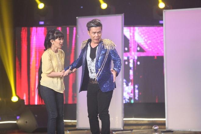 Hoai Linh bat khoc khi tam su nhung mat trai showbiz hinh anh 3