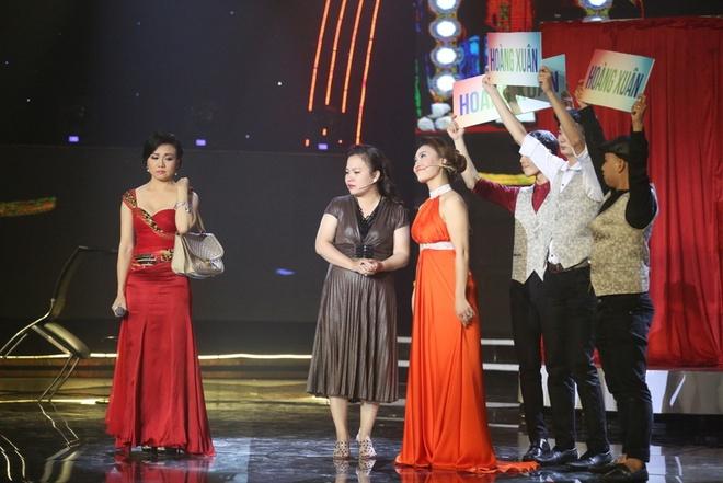 Hoai Linh bat khoc khi tam su nhung mat trai showbiz hinh anh 11