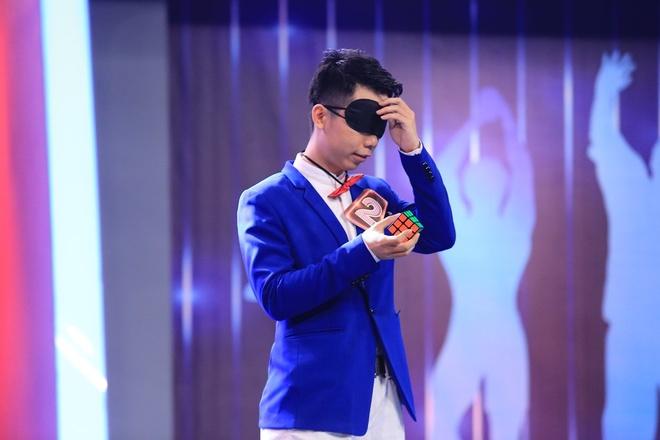 Tran Thanh - Hari Won bi choc que tren san khau Nguoi bi an hinh anh 12