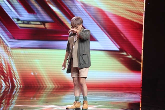 Thi sinh X-Factor tuyet vong vi ap luc hay dien tro? hinh anh 2