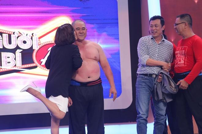 Van Son - Hong Dao lap ky luc thang 5 vong thi Nguoi bi an hinh anh 8