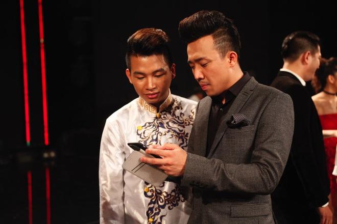 Viet Huong - Tran Thanh xin so dien thoai thi sinh tai nang hinh anh 3