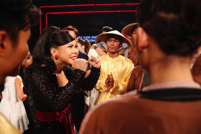 Viet Huong - Tran Thanh xin so dien thoai thi sinh tai nang hinh anh 2