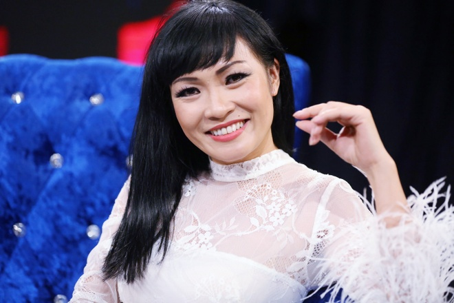 Giam khao Phuong Thanh tranh cai quyet liet voi Dong Dao hinh anh 16