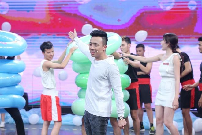 Hoa khoi Nam Em dung 'my nhan ke' van thua Le Quyen hinh anh 8