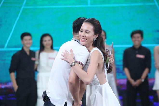 Hoa khoi Nam Em dung 'my nhan ke' van thua Le Quyen hinh anh 9