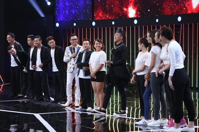 Tran Thanh be bang vi bi tay chay dong loat o show Song dau hinh anh 9