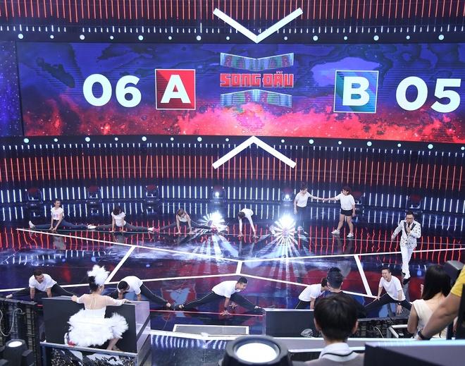 Tran Thanh be bang vi bi tay chay dong loat o show Song dau hinh anh 10